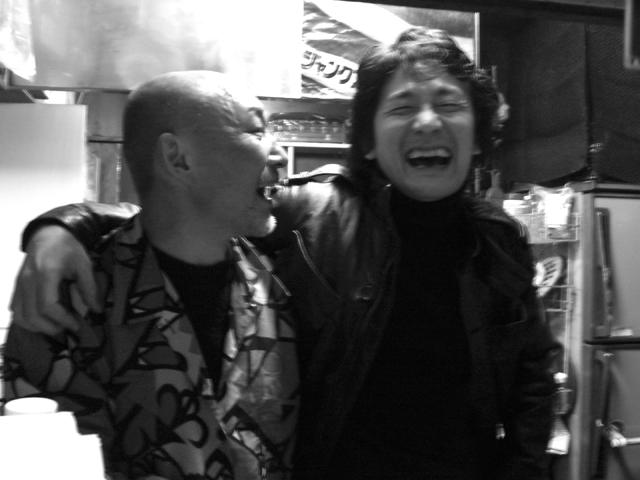 田中ツル、山口洋 (苫小牧にて)2006年