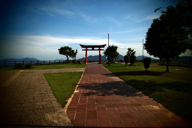 宮島です。何だか、浮世離れしてた。同じ国だとは思えなかった。