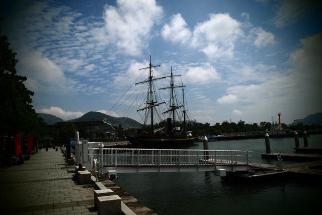 龍馬伝で使われた帆船が目の前に停泊しとります。