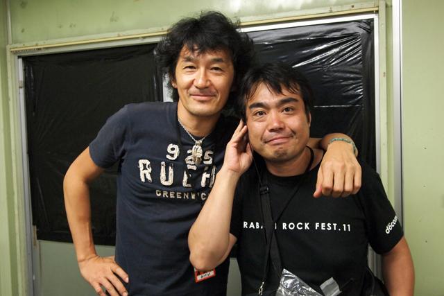 彼がこのfesの親分、菅君です。実は16年前、相馬に連れていってくれたのは彼なのです。