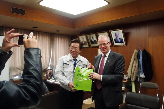 相馬市長を表敬訪問。