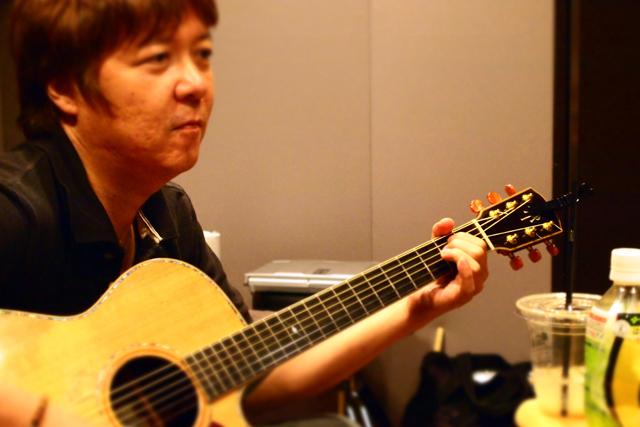 人格が音楽を奏でる人、山川さんです。