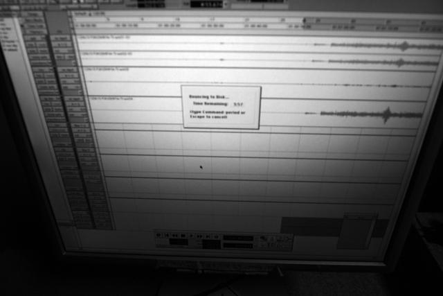 来月こそは、新しい曲を書く時間をひねり出すぞ、と燃えております。