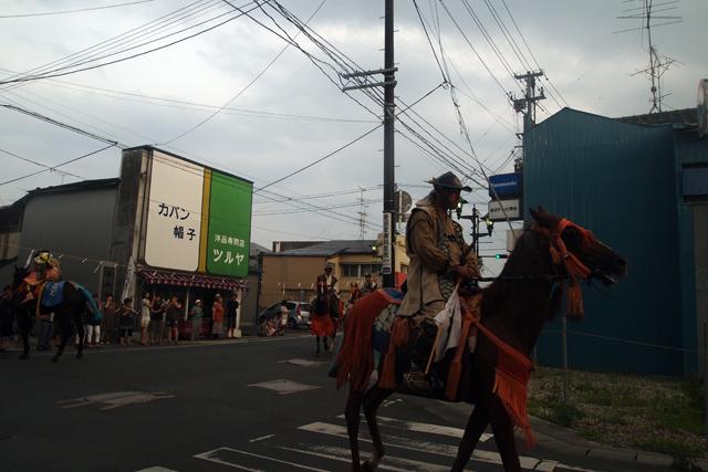 僕が育った福岡の山笠なんかとは、そもそも祭りの成り立ちが違うってことがよーく分かった。