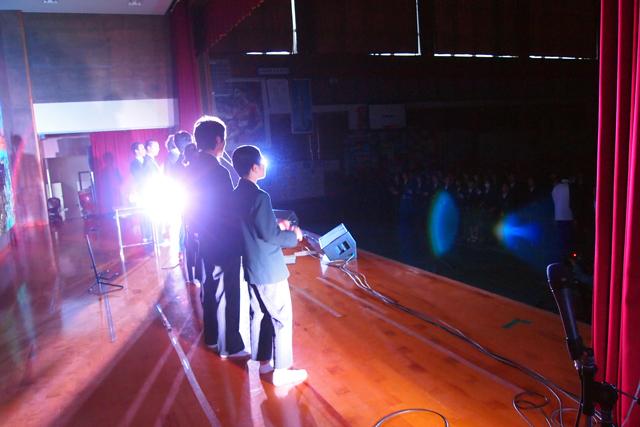 全校生徒、最後は立って歌ってくれてた。ありがとう。