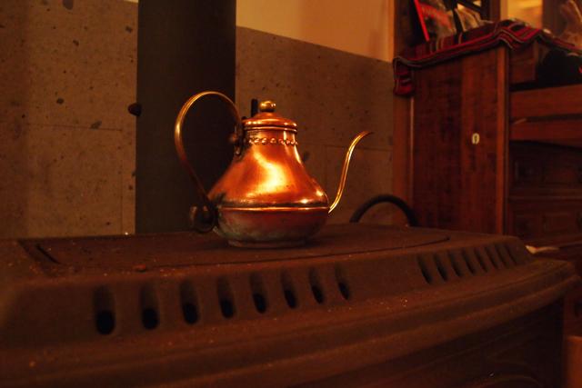 温かいコーヒーで身体を温めてくれたヤカン君。