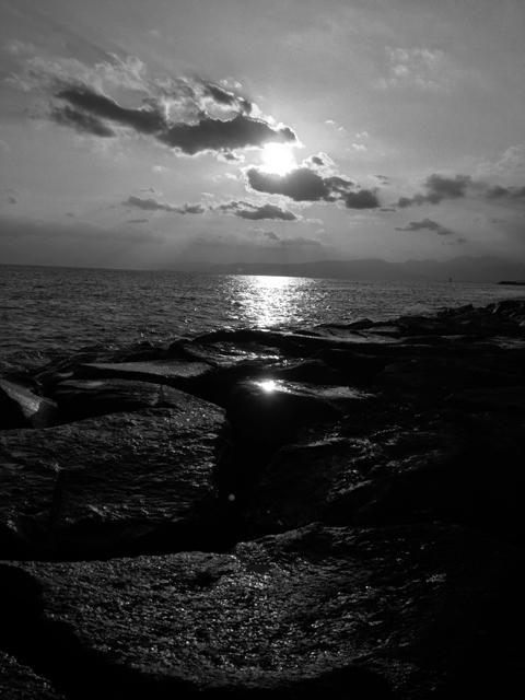 毎日、夕陽の写真ばっかりで飽きてませんか?