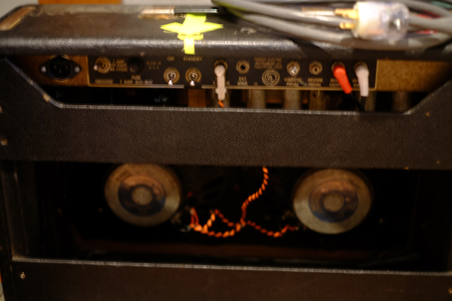改造、修理多数。このアンプはね、痛くないんです。