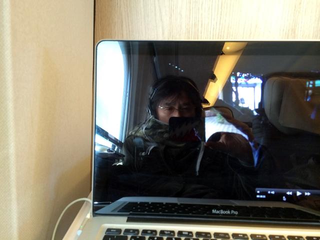 さすがの私も週に二回、クルマで東北に行く気にならず、新幹線で映像のチェックをしたりするのだが、やっぱり乗り物は自分で操舵したい。