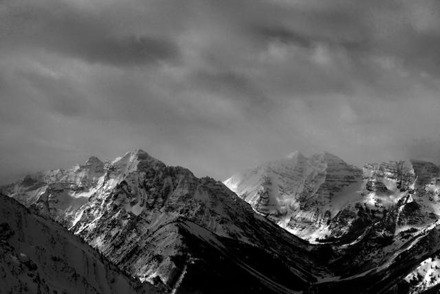 いつもの山が反対側から見える。