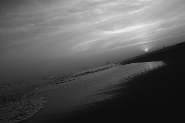 海と夕暮れは裏切らないよ。