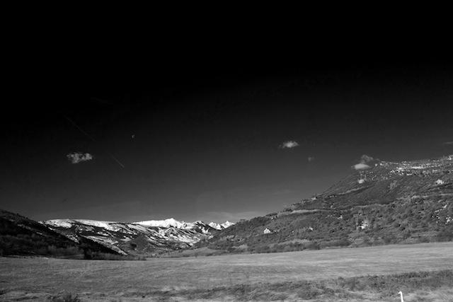 いつもと違うバスに乗って、違う山へ。もう麓に雪はなかった。