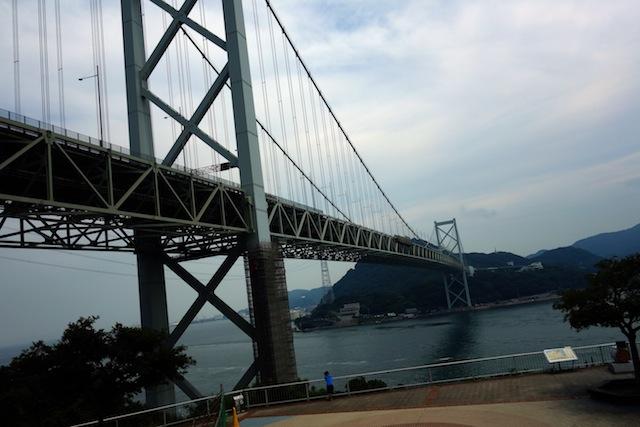 関門橋を渡る前に九州を本州から眺める儀式。