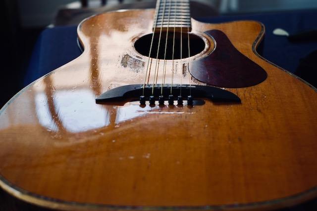 2000年以降、もっとも酷使されたヤイリギター。