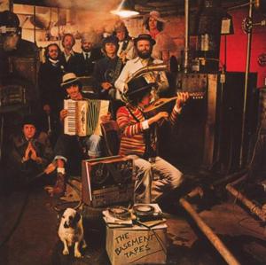 地下室でthe Bandと繰り返した実験を後にロビーが中心になってまとめた作品。