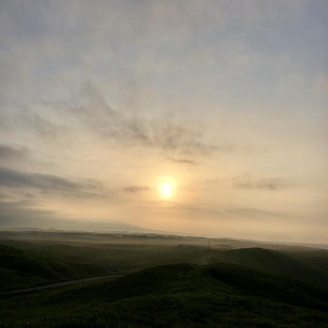 朝5時に家を出て、峰まで往復10キロ歩く。